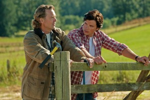 John Schneider and Tom Welling in 'Smallville'